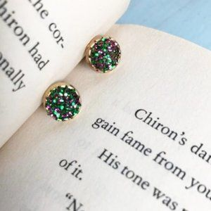 GREEN DRUZZY GOLD COIN DAINTY STUDS EARRINGS SET